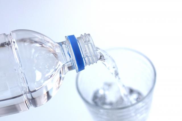 熱中症対策の水分補給で水中毒の恐怖?