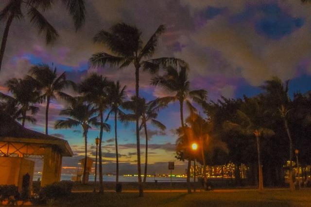 ハワイのヒーリング術・「ロミロミ」って何だ??