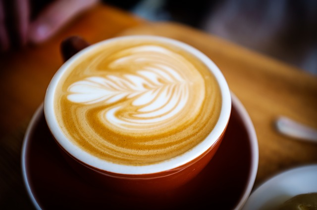 コーヒー・コーラ・エナジードリンクでカフェイン中毒‥? 結果、流産・死亡って‥