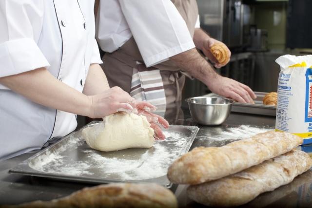 【食中毒・O157・ノロウィルス・不潔】ヤマザキパンは「素手」で製造されている