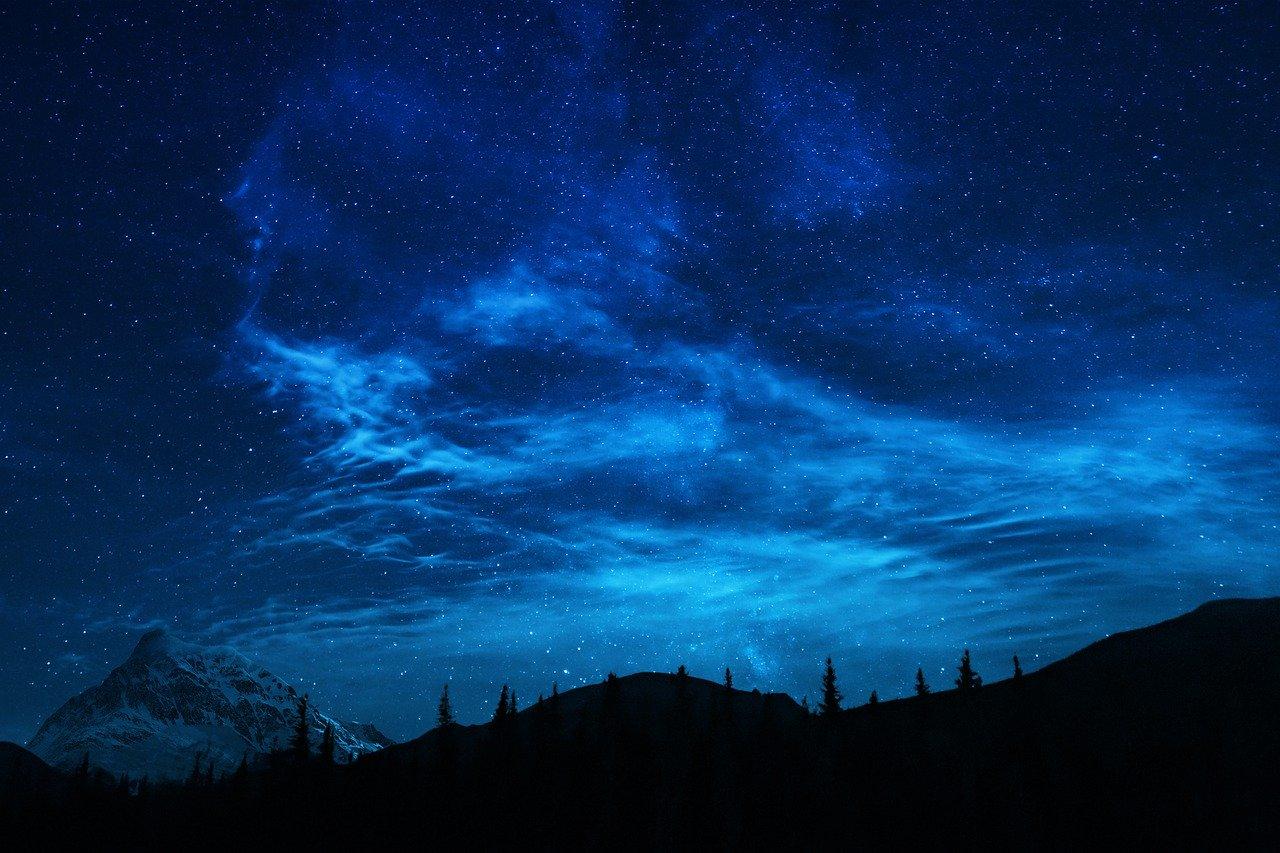 Stars Mountains Summer Night  - JoshuaWoroniecki / Pixabay